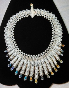 Bridal Necklace St. Petersburg stitch