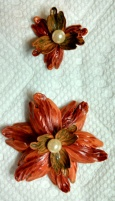 Design #1 orange red tulip beads